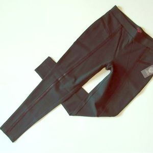 🔥Black leather trim legging/pants‼️🔥